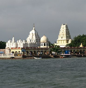 The Kudala Sangama is an important pilgrimage centre for the Lingayat people