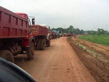 Trucks carrying iron ore in Bellary