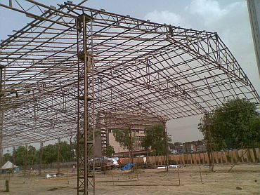 Preparations for Baba Ramdev's fast underway at the Ramlila grounds in New Delhi