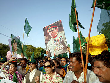 A rally in support of General Ashfaq Parvez Kayani