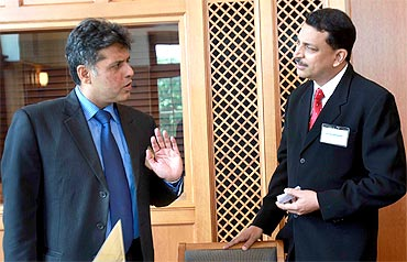 Tiwari and Rudy interact during the leadership programme