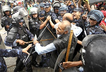 Nepalese police and protesters allied with Rastriya Prajatantra Party Nepal clash