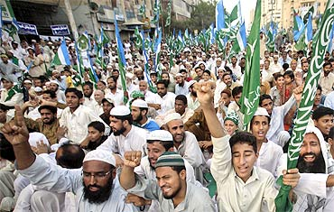 Jamaat-e-Islami supporters protest against US drone strikes