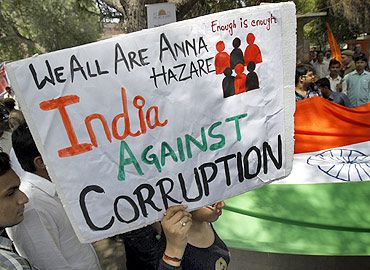 Anti-corruption protests during Anna Hazare's fast in New Delhi