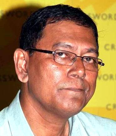 Slain journalist J Dey