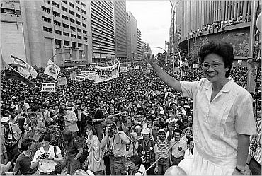 Corazon Aquino with the protesters