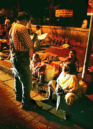 A night spent with Mumbai's homeless