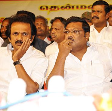 Alagiri, right, with his brother M K Stalin, Tamil Nadu's deputy chief minister