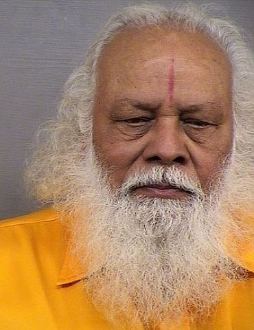 Guru convicted for molestation in US goes missing