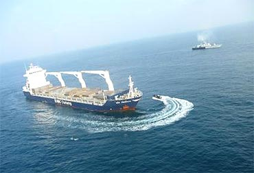 INS Veer takes part in a mission to foil a hijack attempt by pirates