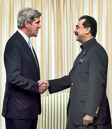US Senator John Kerry with Pakistan's Prime Minister Yusuf Raza Gilani at the prime minister's residence in Islamabad