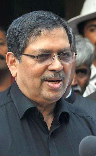 Former Karnataka Lokayukta Justice Santosh Hegde