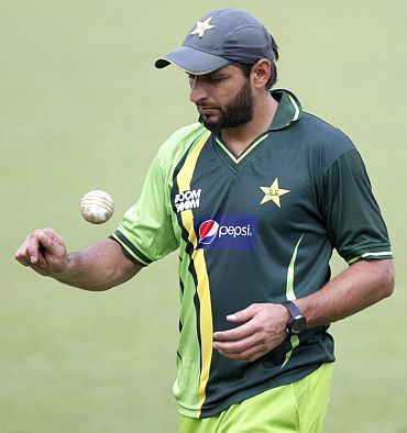 Pakistan cricket captain Shahid Afridi