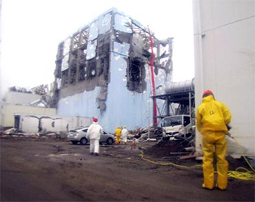 Efforts to spray water into the no. 4 reactor at the Fukushima Daiichi Nuclear Power Plant