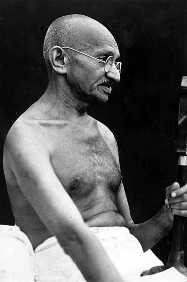 thesis gandhi south africa A controversial new book on gandhi's life and work in south africa talks about the great leader's disdain for africans, writes soutik biswas.