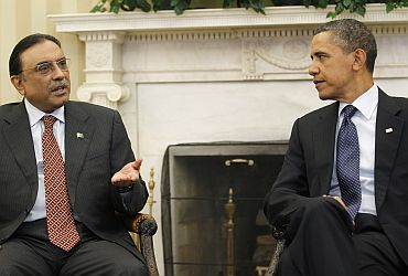 US President Obama meets with Pakistan President Zardari in the White House