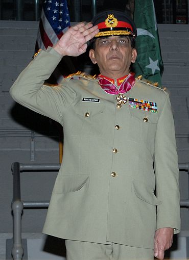 Kayani against no-first-use of nuclear weapons