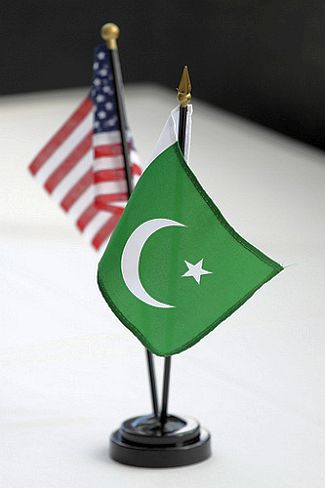 The national flags of US and Pakistan