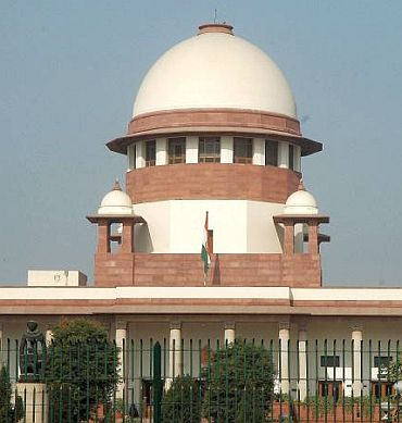 SC flays high court's 'strange' order on Ayodhya