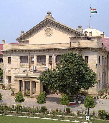SC flays high court's 'strange' order on Ayodhya