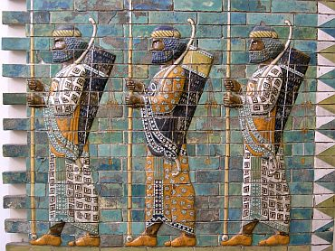 The Persian Immortals, detail from the archers' frieze in Darius' palace in Susa. Silicious glazed bricks, 510 BC.