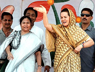 Mamata Banerjee (left) with Congress president Sonia Gandhi