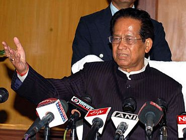 Assam: Tarun Gogoi on the road to victory