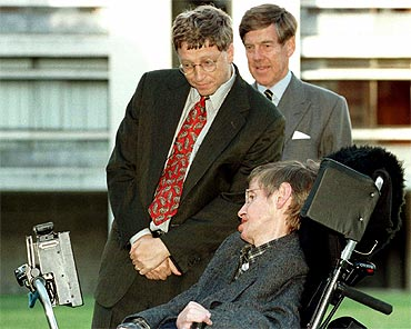 Microsoft President Bill Gates meets Stephen Hawking during Gates' visit to the Cambridge University