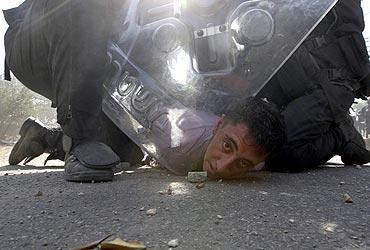 STRIKING: More award winning pictures of 2011