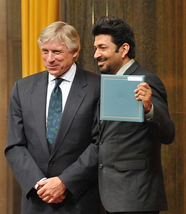 Dr Sidhhartha Mukherjee won the Pulitzer in the general non fiction category for his book 'The Emperor of All Maladies: A Biography of Cancer'. Lee Bollinger, president, Columbia University handed out the award