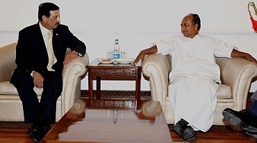 Pakistani Defence Secretary Lt Gen (Retd) Syed Ather Ali speaks to  Defence Minister A K Antony in New Delhi on Monday