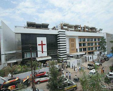 Jagan's Rs 80 crore luxury bungalow