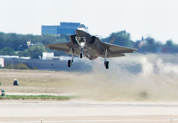 US hangs the F-35 carrot dangling for India to grab