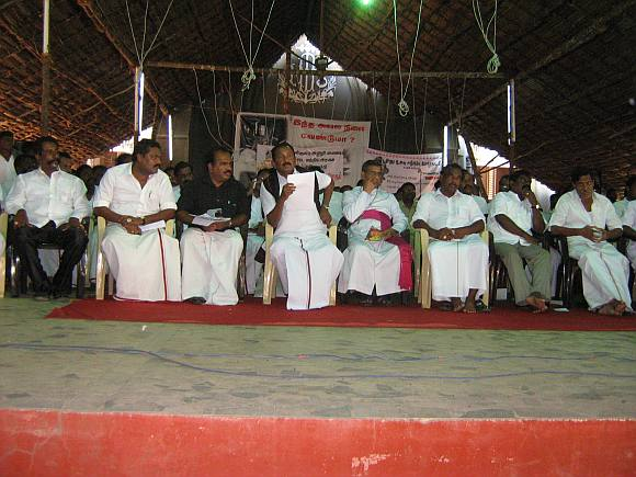 Marumalarchi Dravida Munnetra Kazhagam leader Vaiko with other leaders at idinthakarai