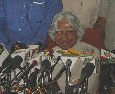 Dr Kalam speaking to media-persons at the KNPP site on Sunday