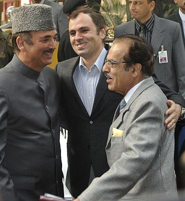 File picture of Omar Abdullah with senior Congress leaders Ghulam Nabi Azad and Saifuddin Soz