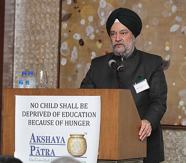 Indian ambassador to the UN Hardeep Puri at the fundraiser