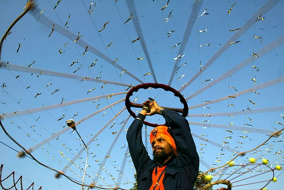 IN PICS: Religious fervour grips India on Guru Nanak Jayanti