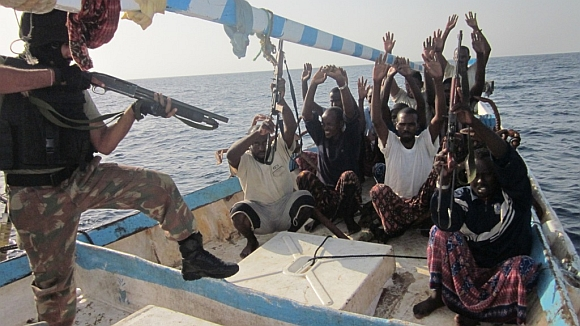 Indian Navy thwarts piracy bid in Gulf of Aden
