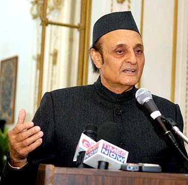 Senior Congress leader Karan Singh