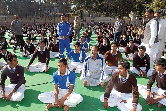 Bhagvad Gita in Madhya Pradesh school syllabus?