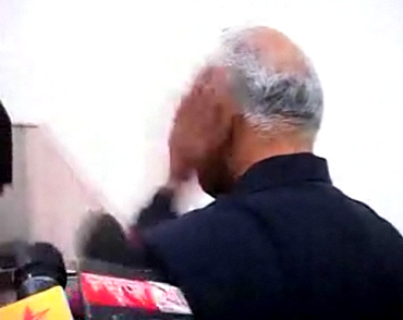 NCP leader Sharad Pawar was slapped by a protestor