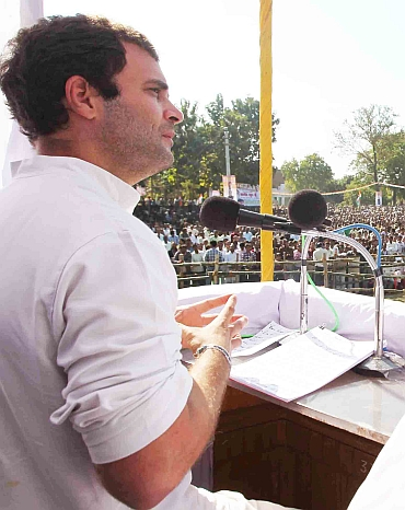 'Rahul a product of dynastic rule, Mayawati of struggle'
