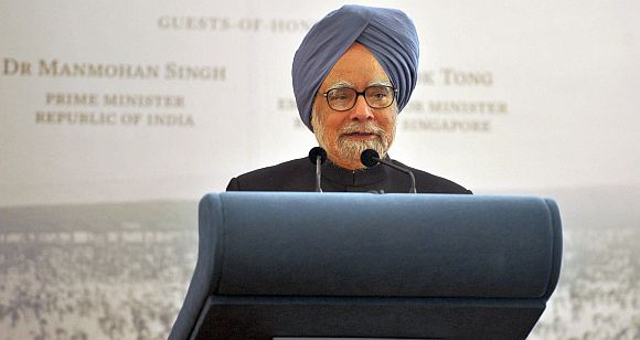 Prime Minister Manmohan Singh at the ASEAN summit