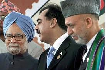 Dr Singh with Pakistan PM Yousuf Raza Gilani and Karzai