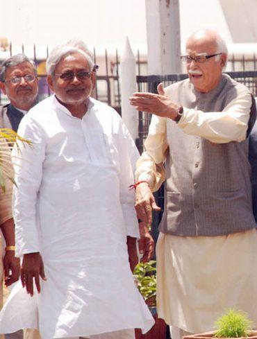 Advani sets off on 7600 km Jan Chetna Yatra