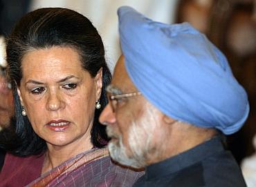 Congress President Sonia Gandhi with PM Manmohan Singh