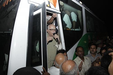 Advani interacts with the public during the yatra