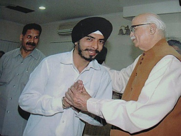 Bagga with Bharatiya Janata Party leader L K Advani