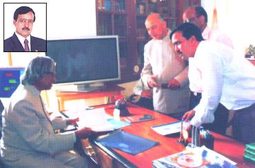'Sarhad' founder Sanjay Nahar with former President APJ Abdul Kalam